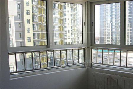 铝合金门窗安装的注意事项