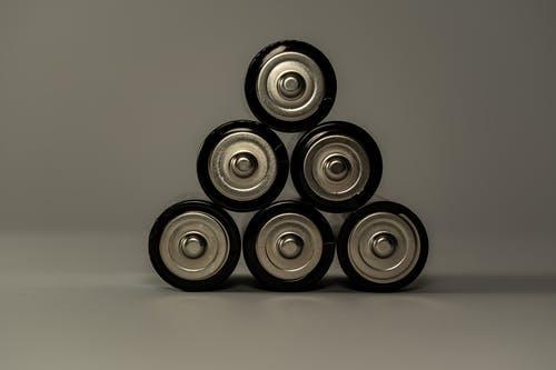 燃气灶怎么换电池 燃气灶电池能用多久